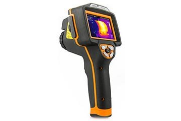 Advanced infrared camera with touch-screen display, PiP function and 160x120pxl resolution